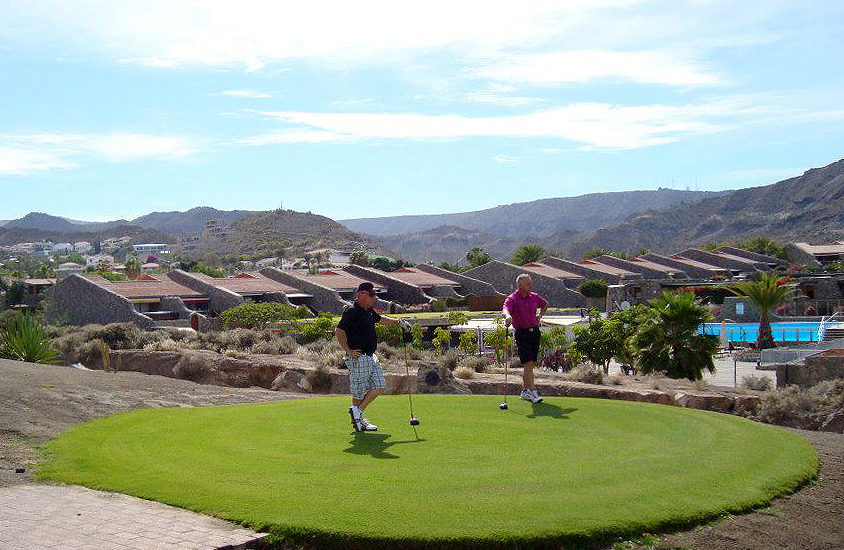 Corralejo Golf Society, please join us for our knockabouts on Fridays and Sundays.